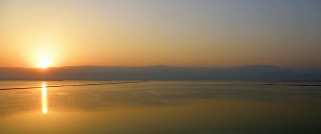 זריחה מעל ים המלח, תמונה, רון אלמוג