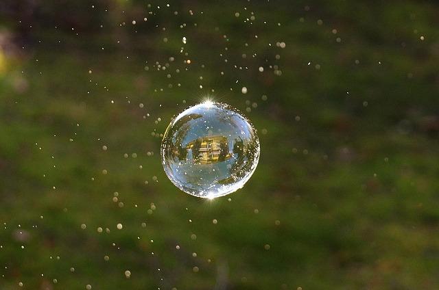 soap-bubbles-1106835_640